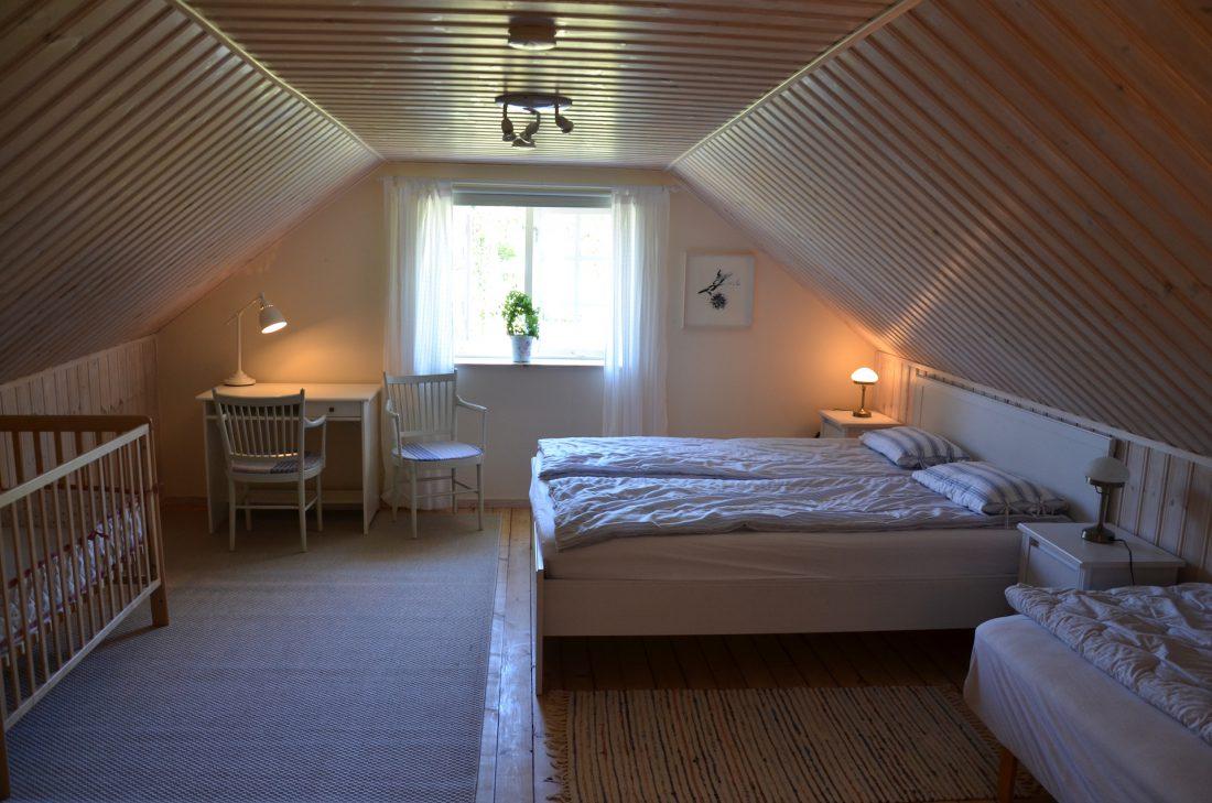 sovrum i lägenhet 1