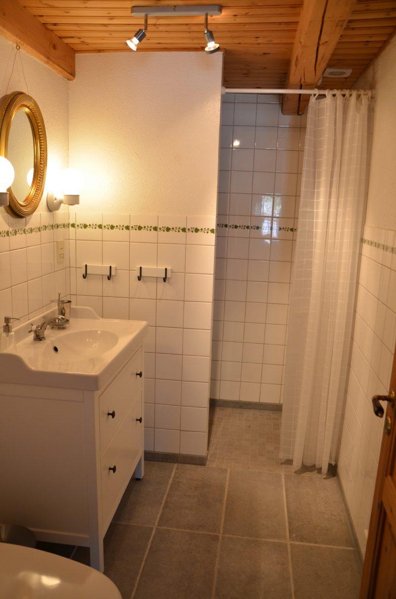 badrummet stengolv i lägenhet 2